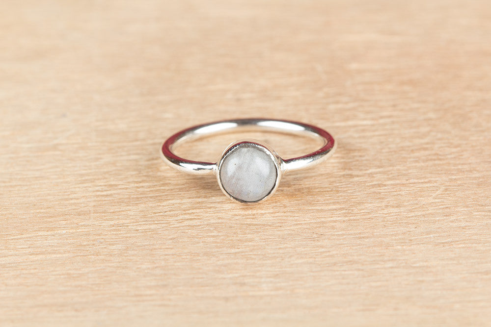 Round Shape Moonstone 925 Silver Ring