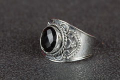 Beautiful Faceted Black Onyx Gemstone 925 Silver Ring