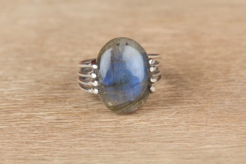 Unique 925 Silver Labradorite Gemstone Ring