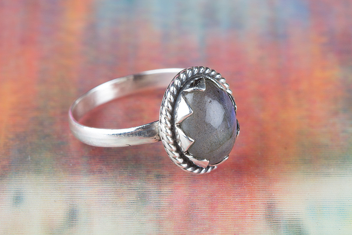 Lovely Labradorite Gemstone 925 Silver Ring