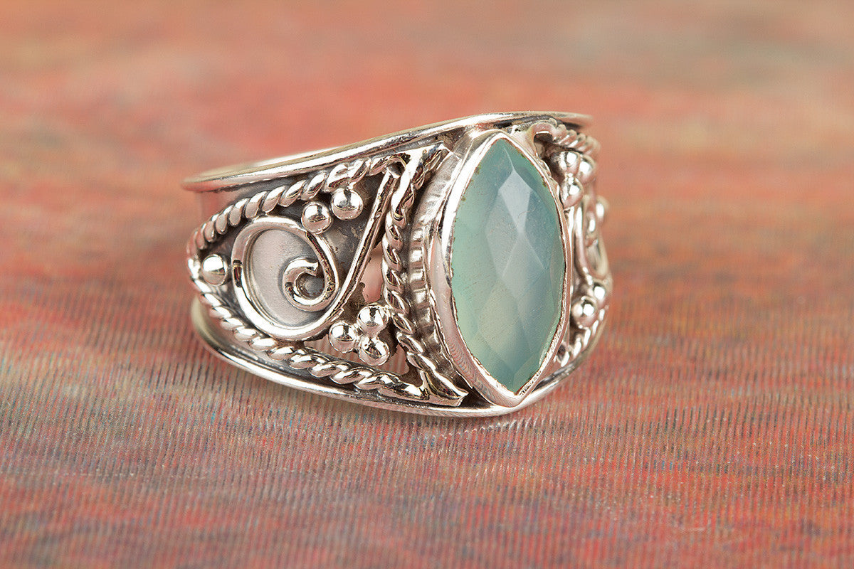 Awesome 925 Sterling Silver Faceted Aqua Chalcedony Gemstone Ring