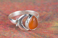 Fantastic 925 Sterling Silver Carnelian Gemstone Ring