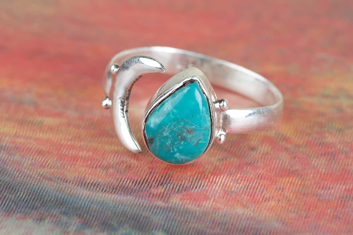 Tibetan Natural Turquoise Gemstone 925 Silver Moon Ring