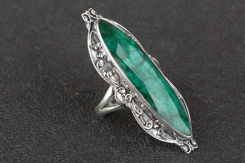 Amazing 925 Sterling Silver Emerald Gemstone Long Ring