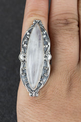 Gorgeous 925 Sterling Silver Rainbow Moonstone Gemstone Ring