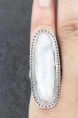 Fashionable 925 Sterling Silver Rainbow Moonstone Gemstone Ring
