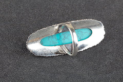 Gorgeous 925 Sterling Silver Turquoise Gemstone Ring