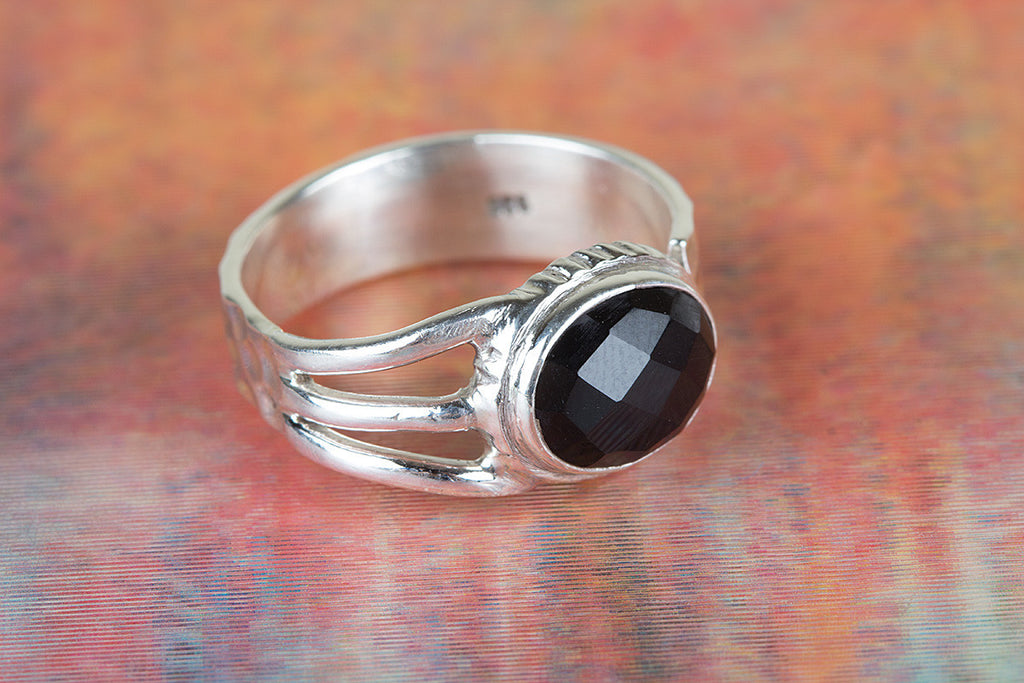Beautiful Handmade Faceted Black Onyx Gemstone 925 Silver Ring