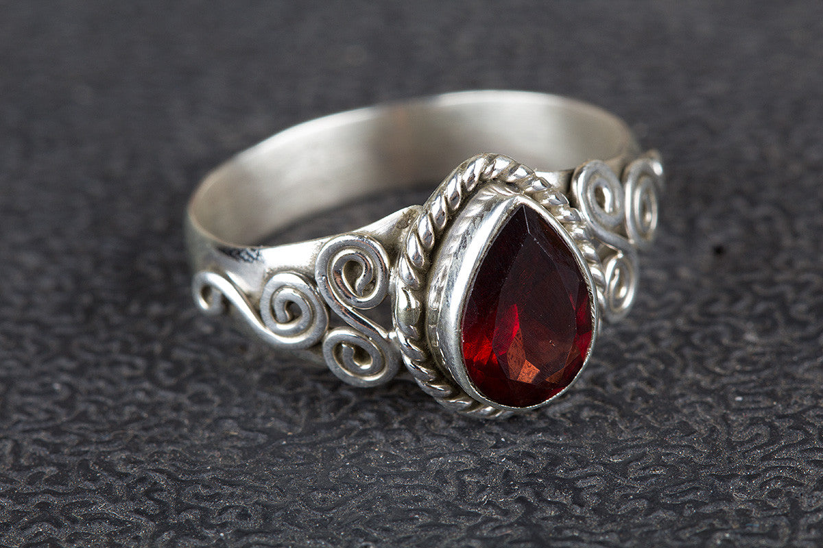 Faceted Garnet Gemstone 925 Silver Ring