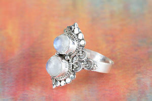 Moonstone Ring in Sterling Silver ,Etsy Moonstone Ring ,Blue Moonstone Jewellery Etsy ,Moonstone Engagement Ring ,Boho Ring ,Moonstone Ring