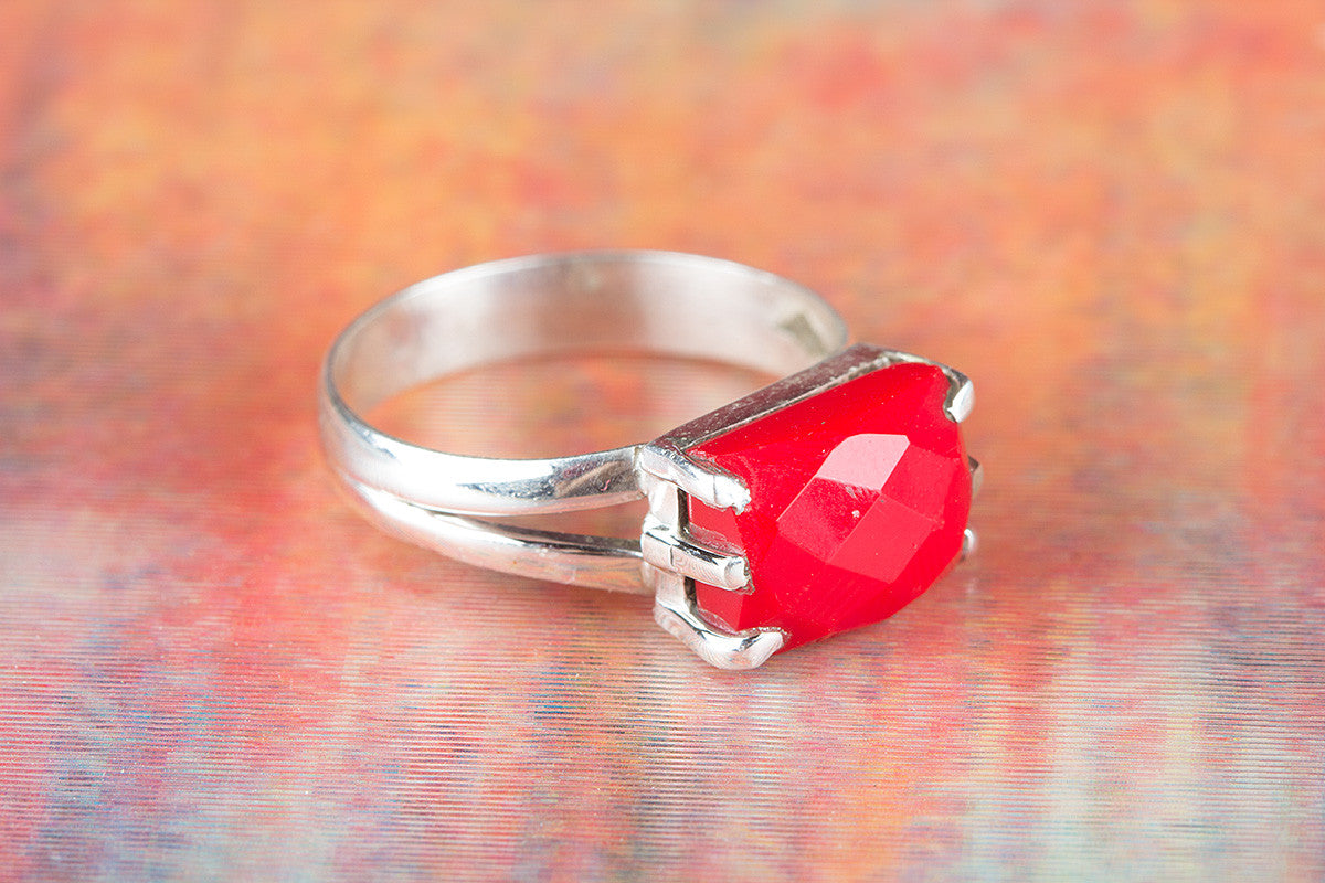 Faceted Coral Gemstone 925 Silver Ring