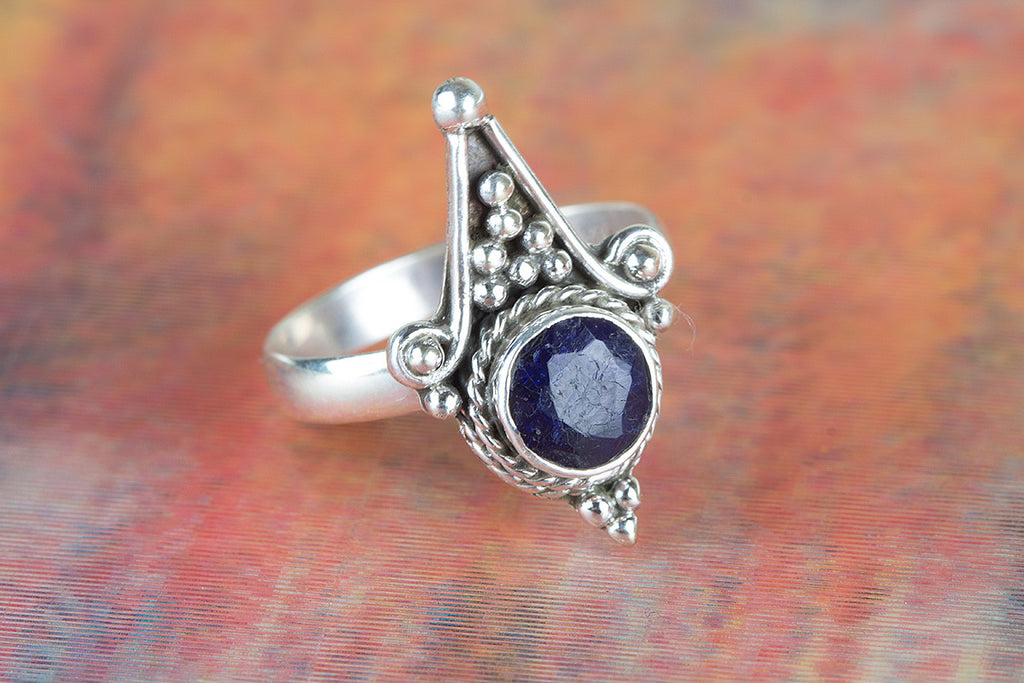 Awesome 925 Silver Sapphire Gemstone Ring