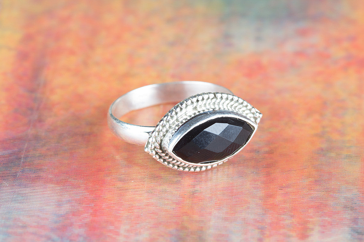 Amazing 925 Faceted Black Onyx Gemstone Silver Ring