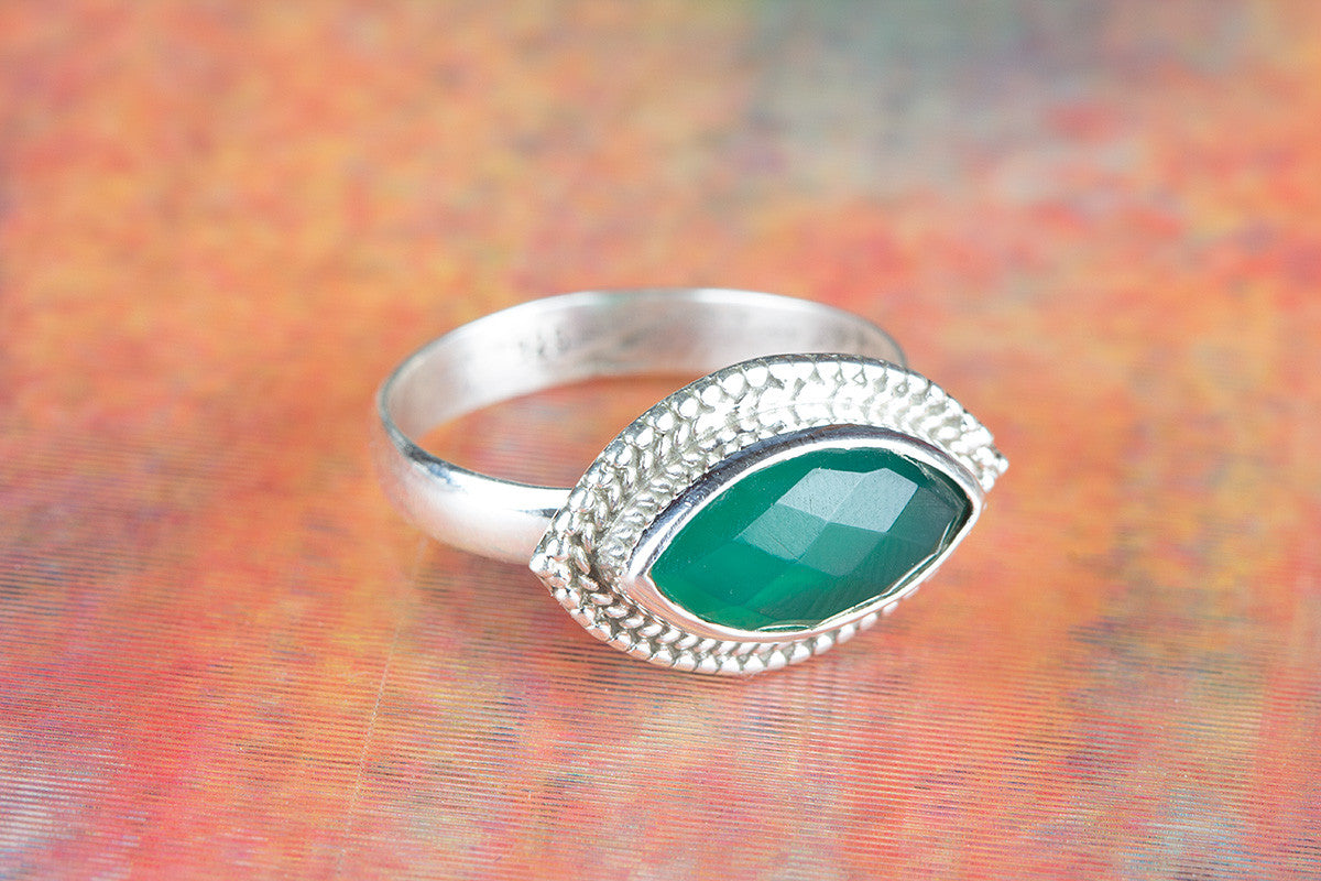 Amazing 925 Faceted Green Onyx Gemstone Silver Ring
