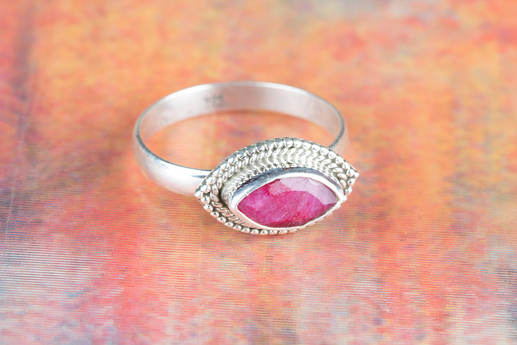 Beautiful 925 Ruby Gemstone Silver Ring