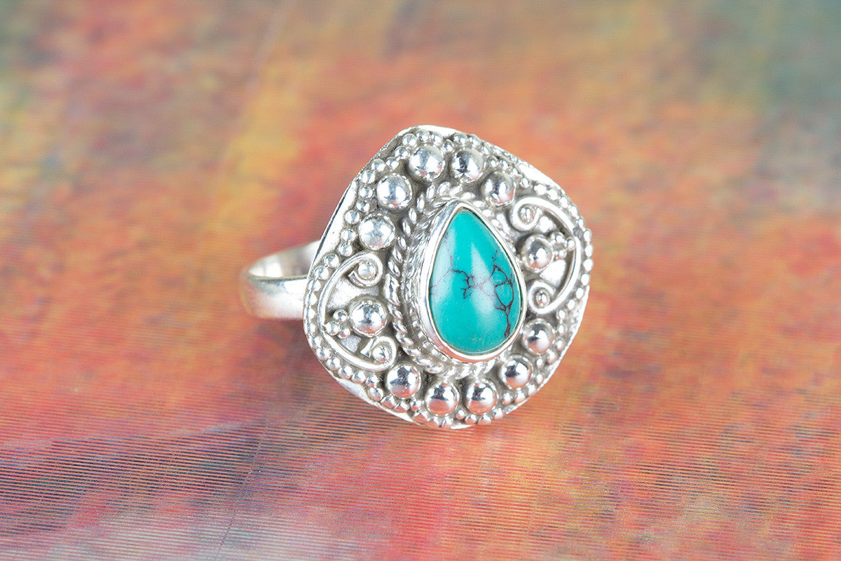 Amazing Turquoise Gemstone 925 Silver Ring