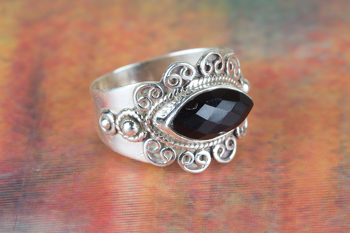 Amazing Faceted Black Onyx Gemstone 925 Silver Ring