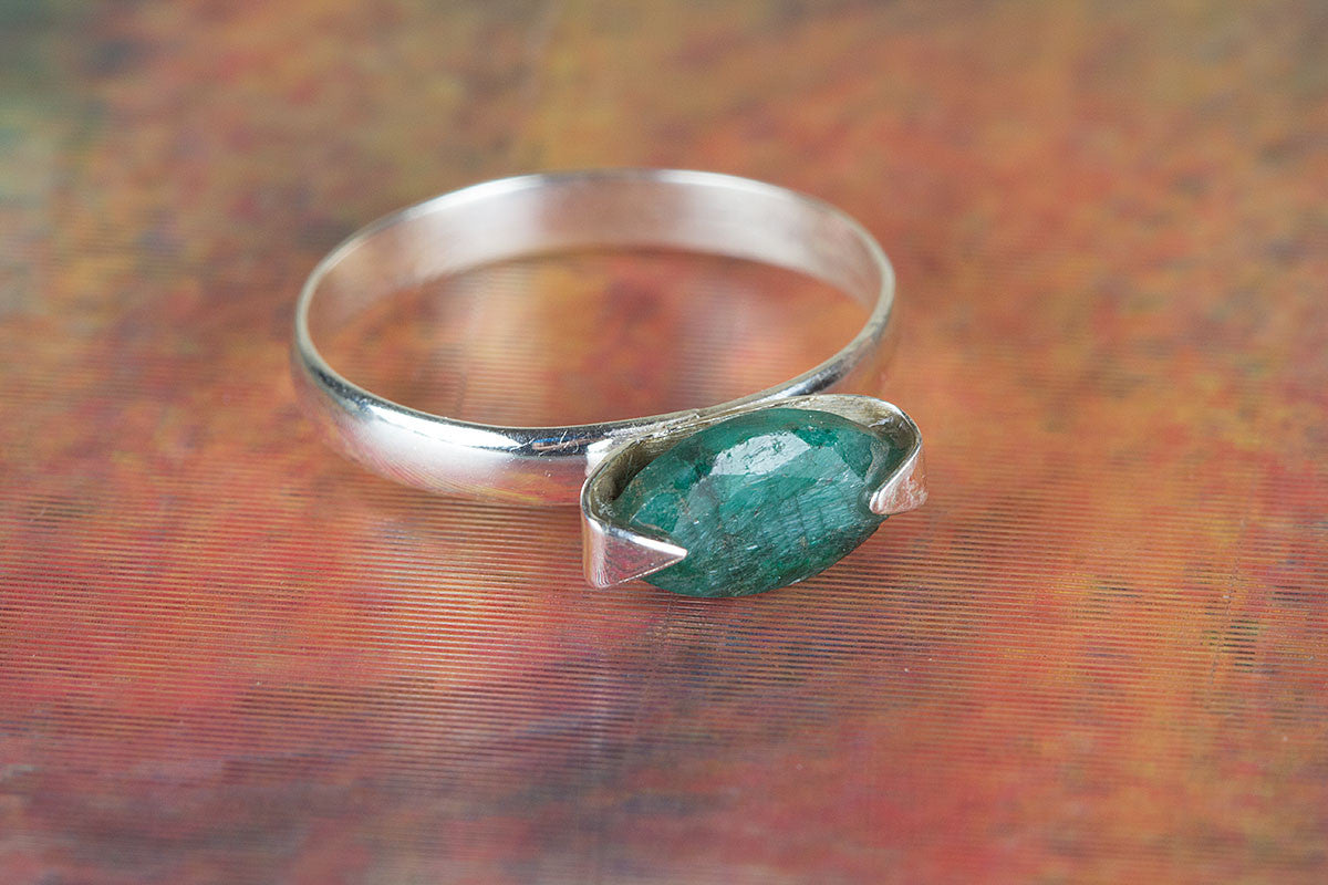 Pure Handmade Emerald Gemstone 925 Sterling Silver Ring