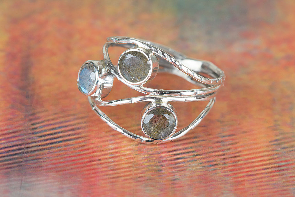 Solid Handmade Labradorite Gemstone 925 Sterling Silver Ring