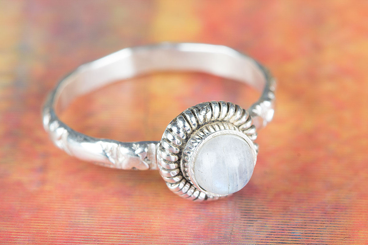 Precious Rainbow Moonstone Gemstone Handmade 925 Sterling Silver Ring