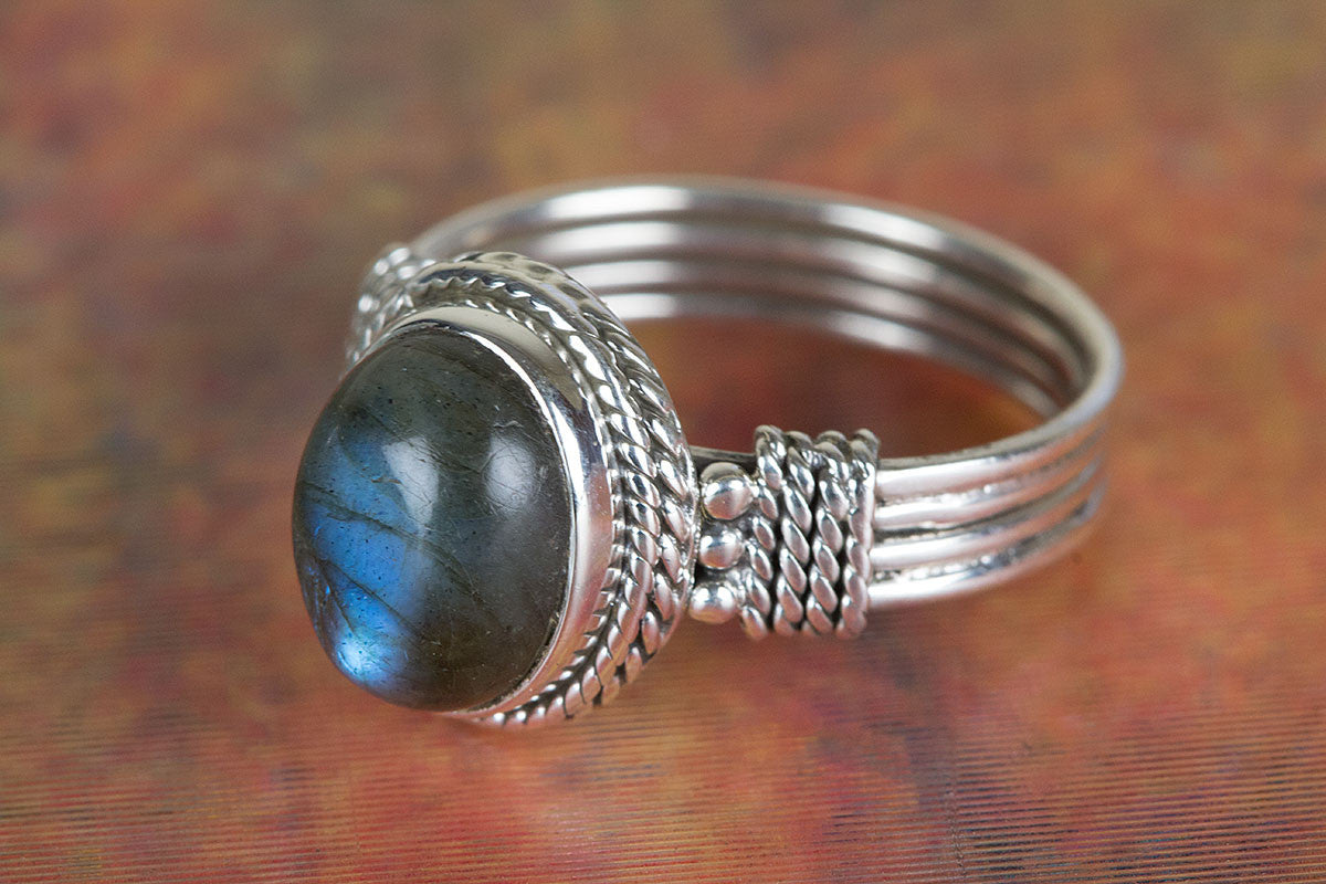 Amazing Labradorite Gemstone 925 Sterling Silver Ring