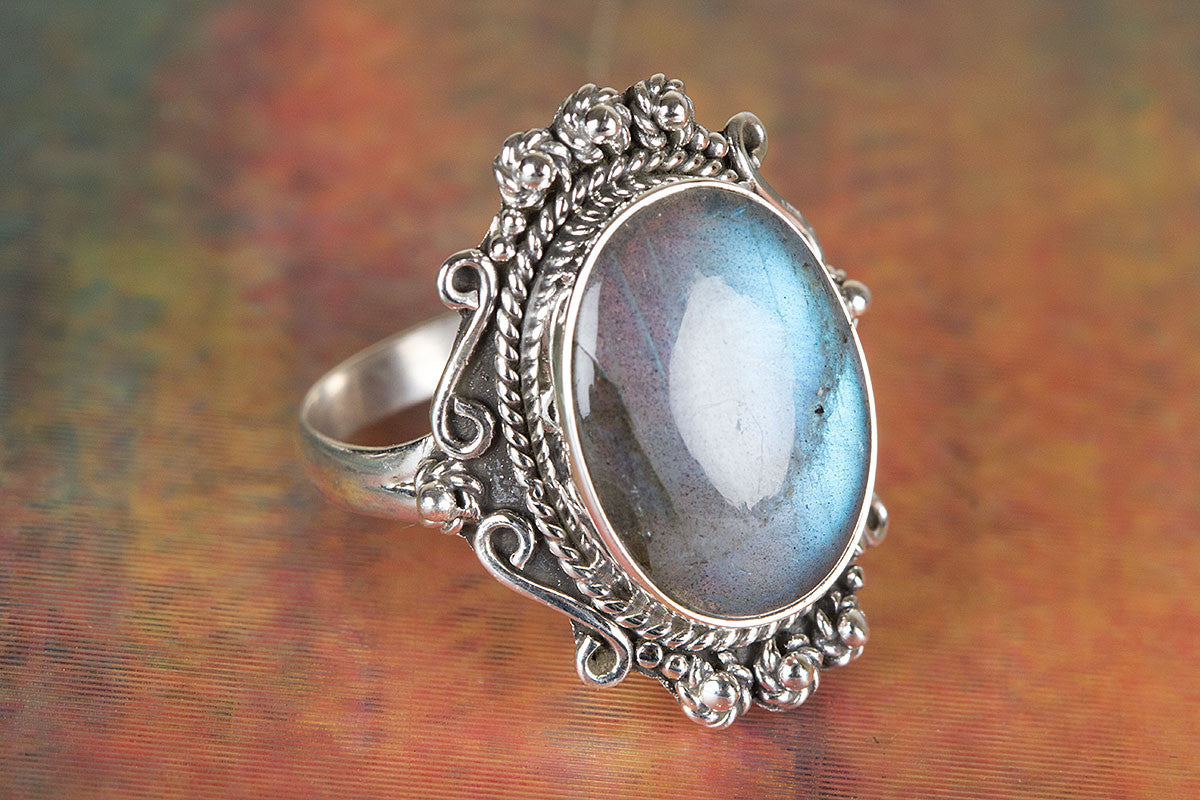 Amazing Labradorite Ring, 925 Sterling Silver