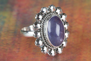Amezing 92.5 Sterling Silver Tanzanite Gemstone Ring
