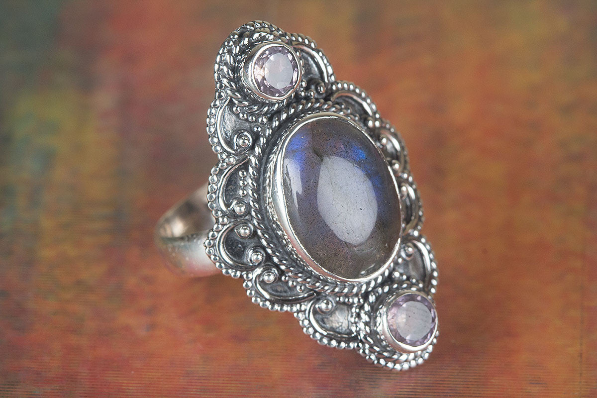 Amazing Labradorite Gemstone 92.5 Sterling Silver Ring