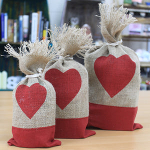 1 x Danish Pouch Set of 3 - Red & Heart