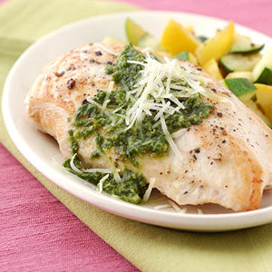 pesto-chicken-breasts-with-summer-squash-33611-ss