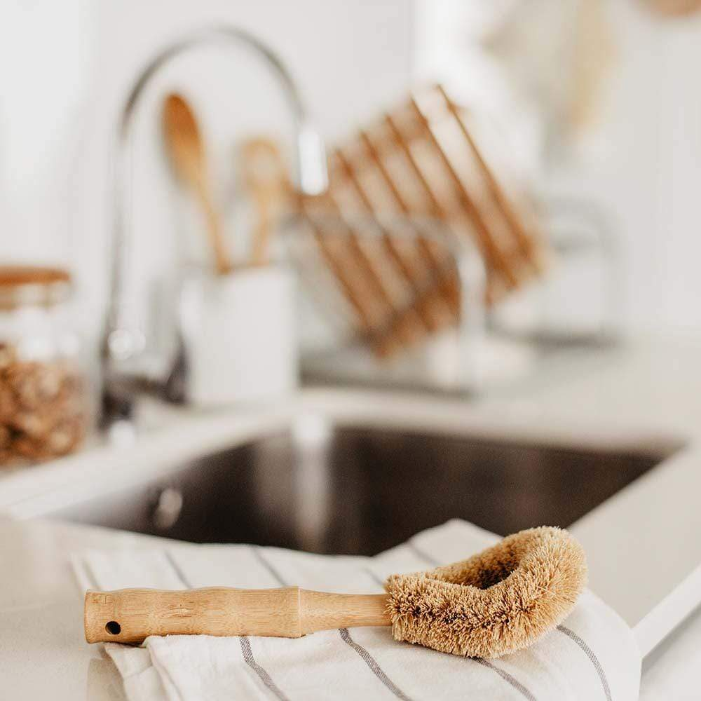 Bamboo & Sisal Dish Brush &Keep