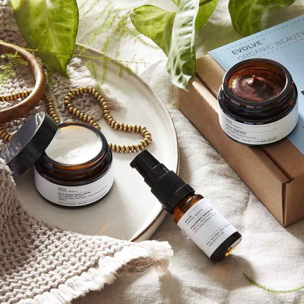 Evolve Organic Beauty Discovery Box: Skincare Bestsellers &Keep