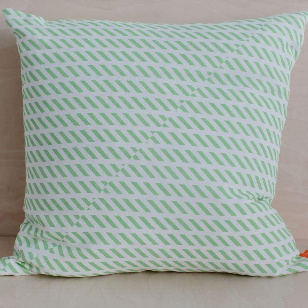 Laura Spring Laura Spring Conceal Green Cushion &keep