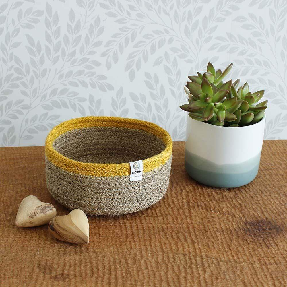 Respiin Shallow Jute Basket - Small Natural/Yellow &Keep