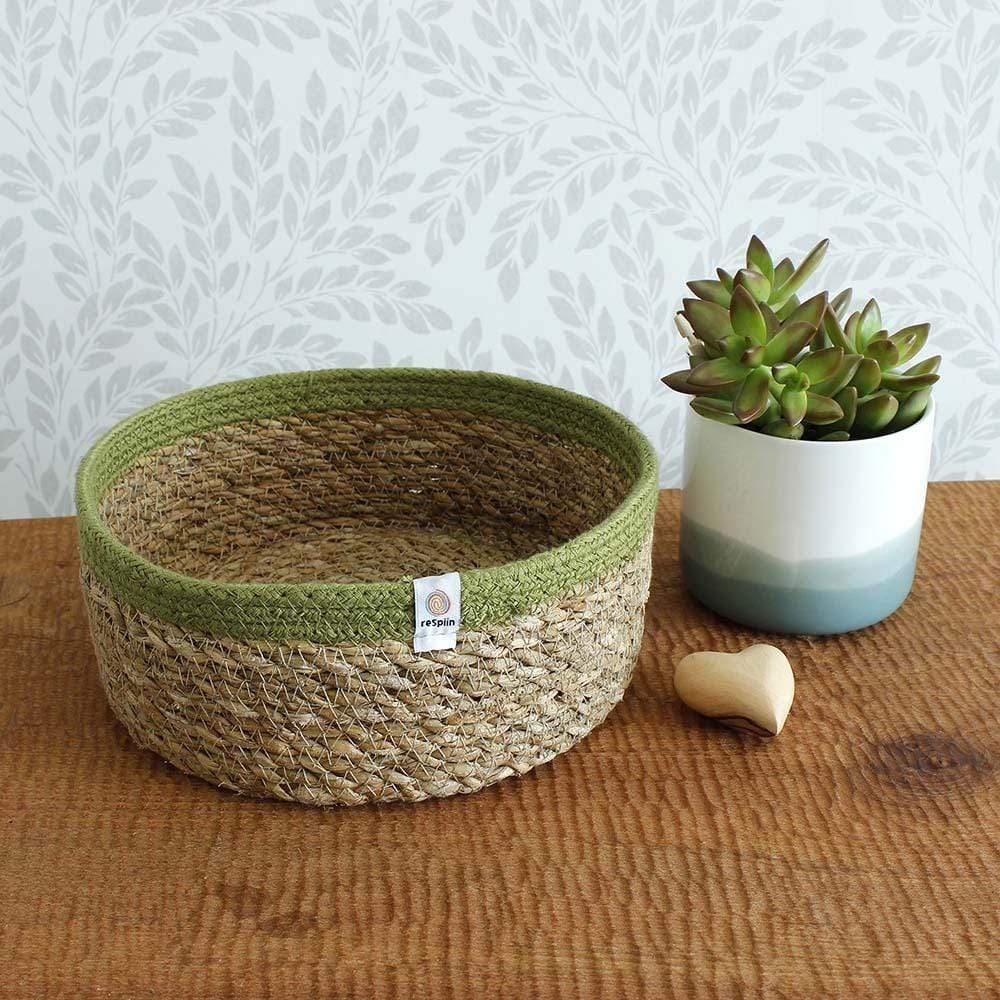 Respiin Shallow Seagrass & Jute Basket - Medium Natural/Green &Keep