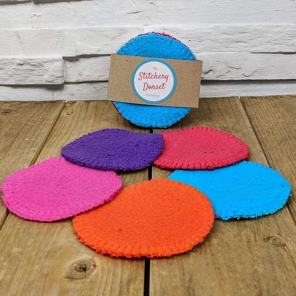 The Stitchery Washable Dual-Sided Bamboo Make-Up Pads - 5 Round Coloured &Keep