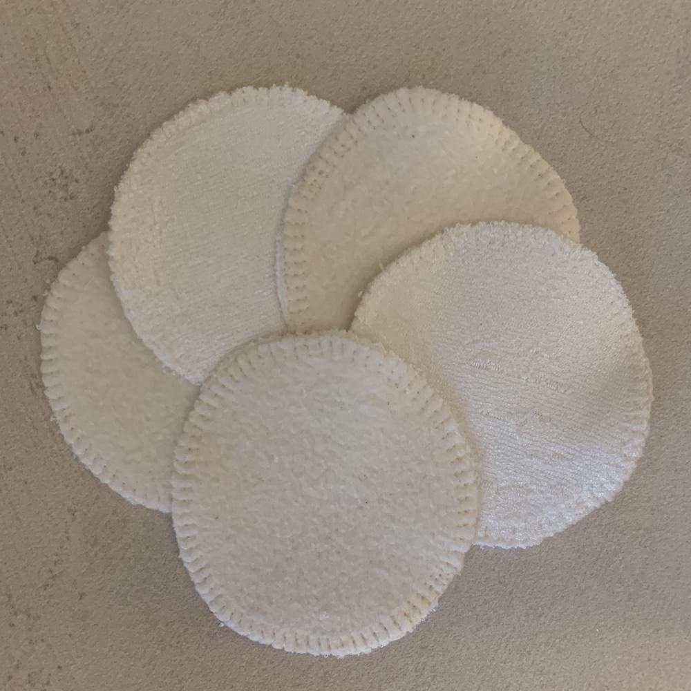 The Stitchery Washable Dual-Sided Bamboo Make-Up Pads - 5 Round White &Keep