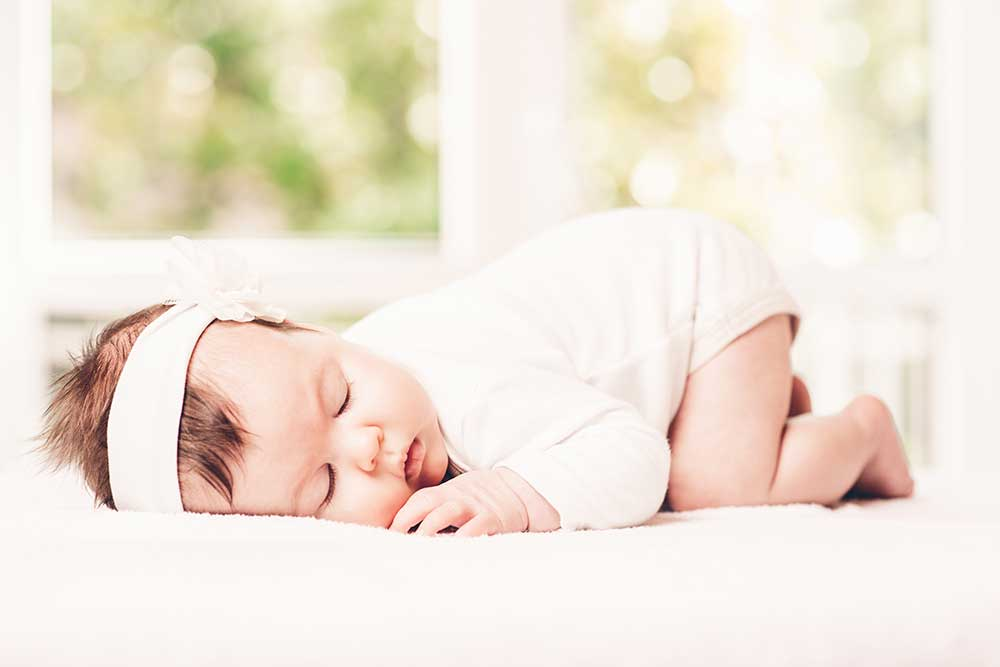 The right use of light can lead to very cute baby images