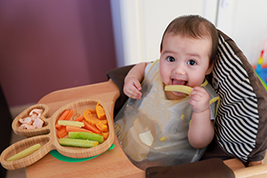 8 Helpful Tips for Successful Baby-led Weaning
