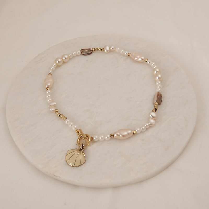 Pearl Necklace with Toggle Clasp
