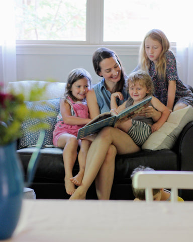 Kate Saffle reading to her kids
