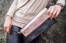 Rumi Stone Collection | Peruvian Sheep's Wool & Leather Clutch