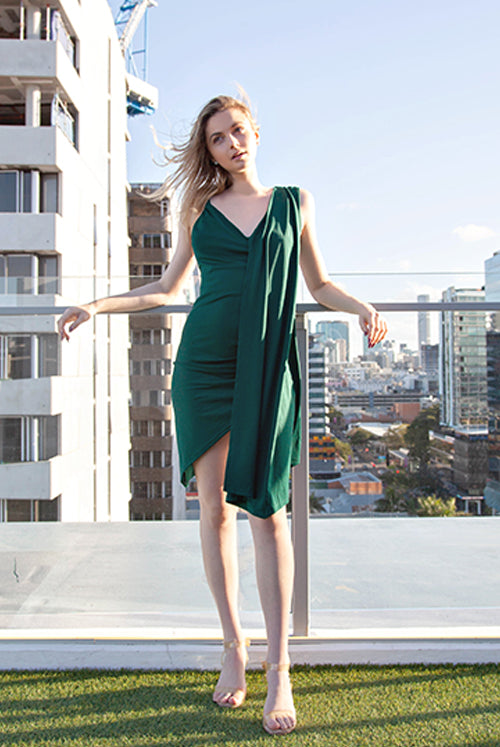 (NEW!) Brit Deep Green Asymmetrical Drape Midi