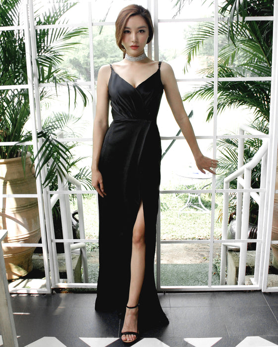 (BACKORDER II) Gisele Timeless Black Satin Maxi