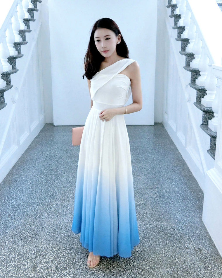 (BACKORDER II) Bernad Ombre White/Sea Blue Toga