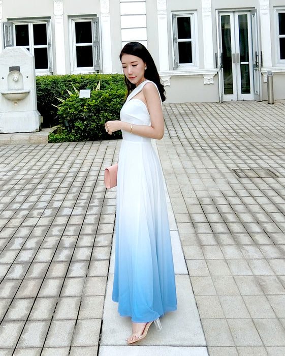 (BACK IN STOCK) Bernad Ombre White/Sea Blue Toga