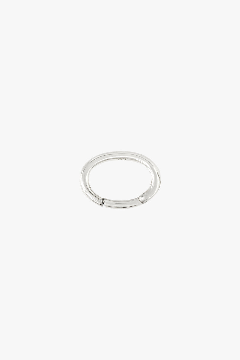 Oval clasp silver