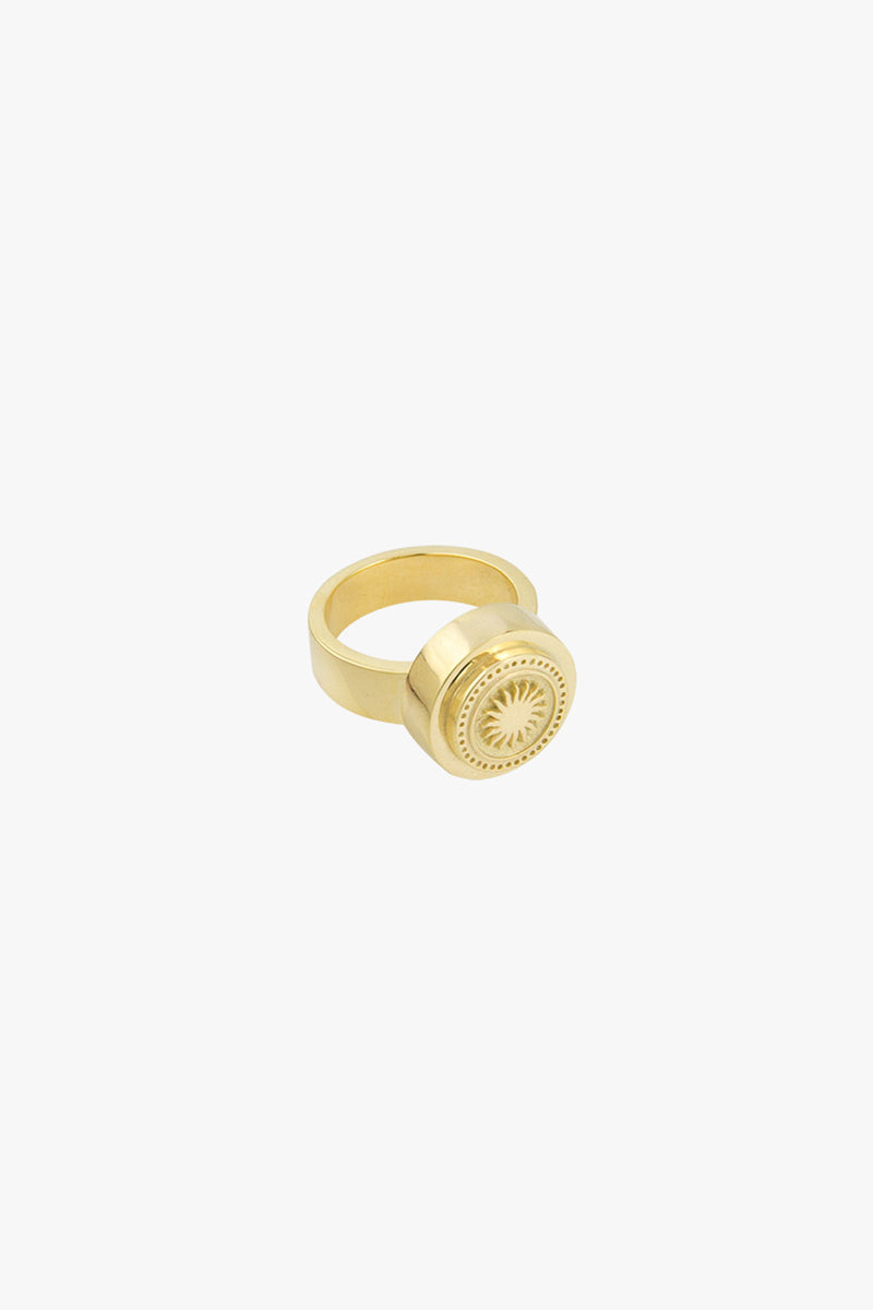 Rising sun pinky ring gold