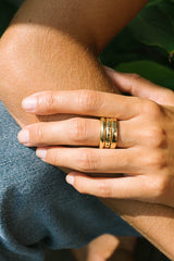 Pebble ring 14k solid gold