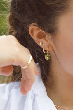 Yin yang coin earring gold plated